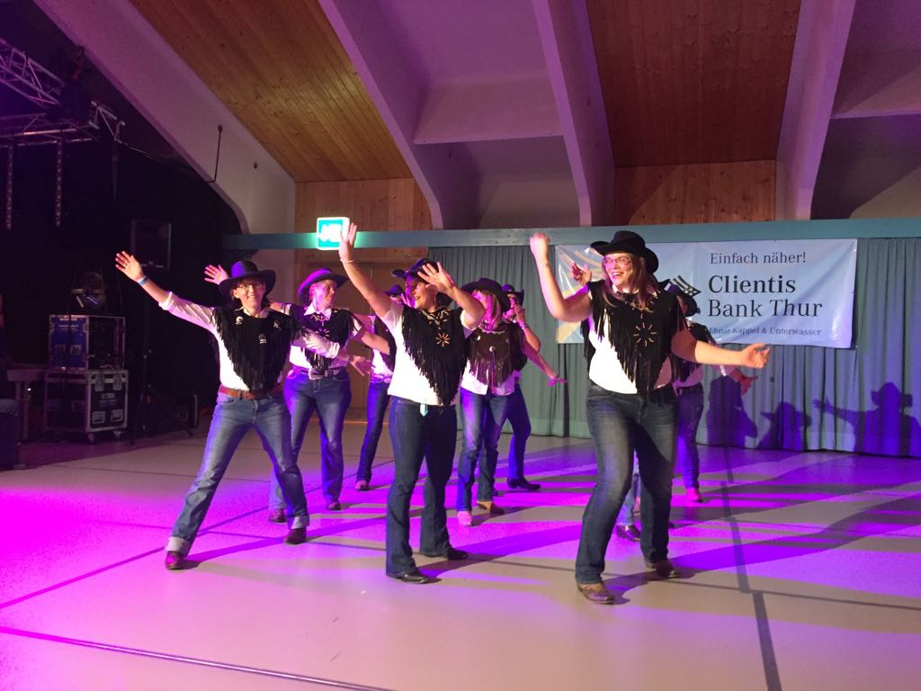 Aktuelle Tanzliste für LDN mit Essen in Krummenau
